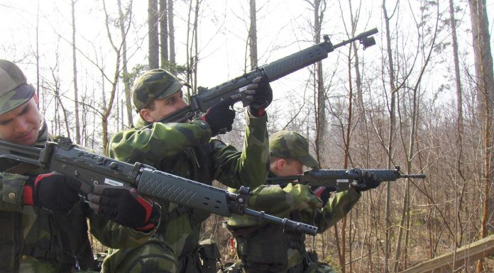 Åsikter 1280px Swedish Soldiers Aiming 696x385